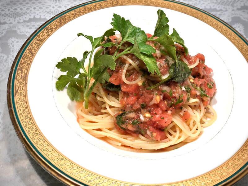 生トマトの冷製パスタ       アマニ油仕立て